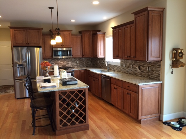 Nutmeg Kitchen Cabinets Andover Specs Features